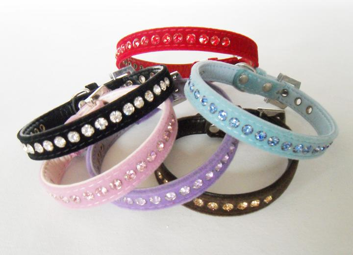 Dog collar with crystal