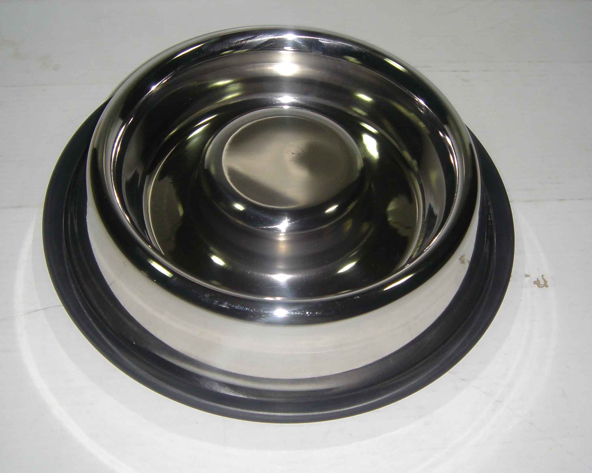 Antiskid Slow feeding bowl