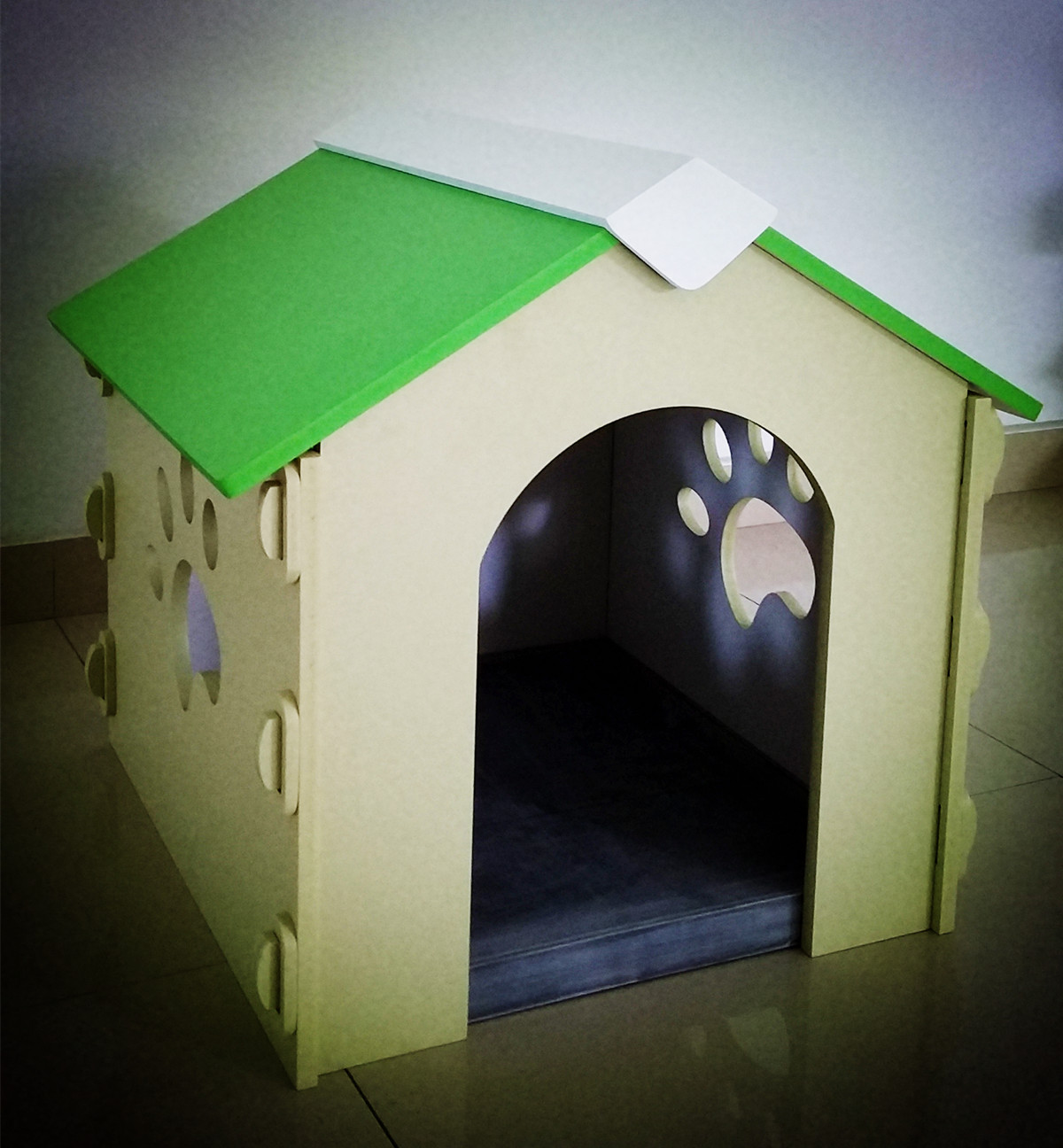 In/out door plastic dog house