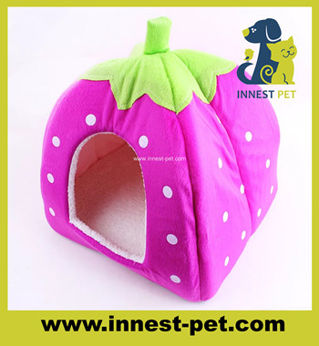 pet product INDOOR strewberry dog bed, pet house for small dogs
