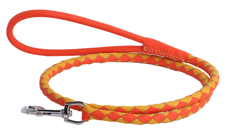 Round braided soft leather leash