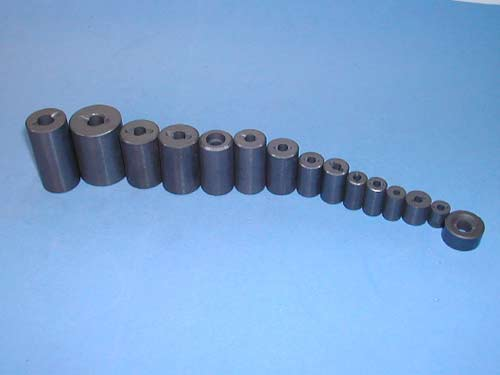Anisotropic Ferrite Magnets